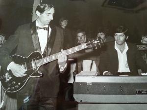 Elvis-1