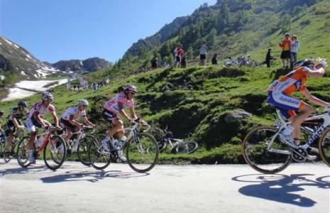giro-italia-bicicletta-campitello-465x300
