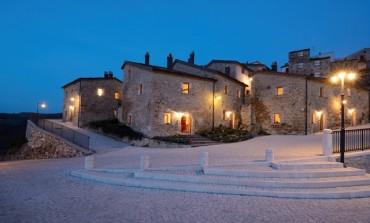 """""""Il Molise una regione da amare"""": presentazione in Castel del Giudice della guida 'la Repubblica'"""