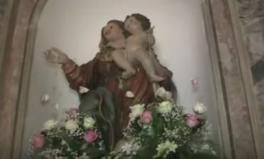 Celebrazioni e banchetti a  bosco 'Scodanibbio'. Si festeggia la Madonna degli Eremiti
