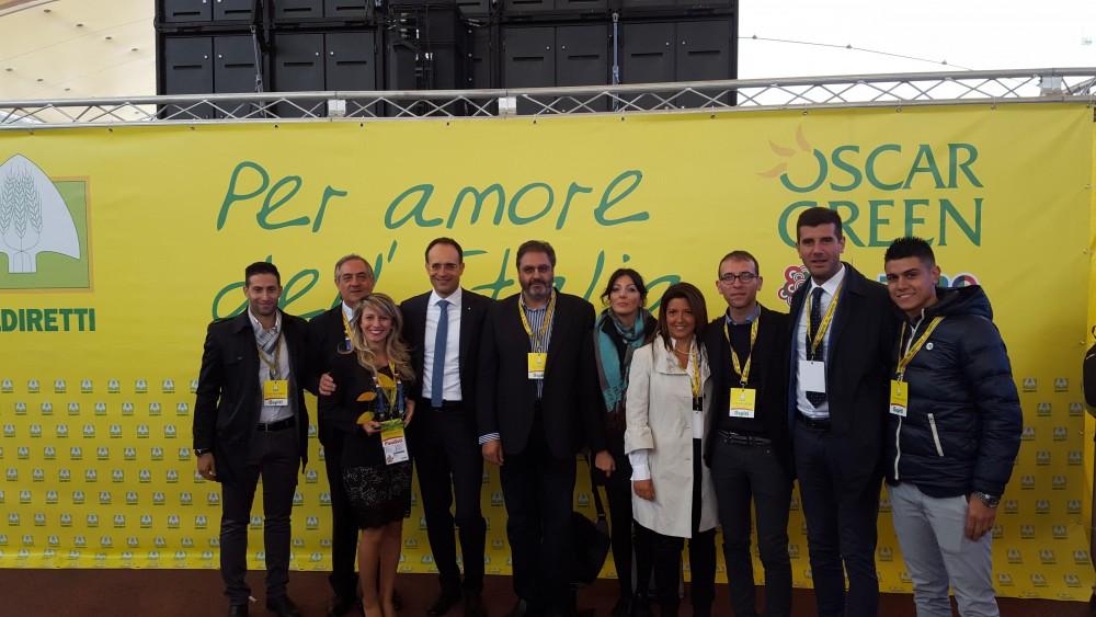 Lucia Marascio MUSCOLO DI GRANO prima donna a sinistra VINCITRICE DLL'OSCAR WE-GREEN A EXPO MILANO 2015