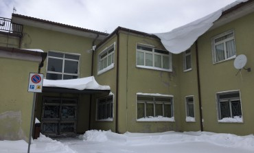 Istituto Patini-Liberatore, dirigenza scolastica irreperibile. Gli operai accedono per togliere la neve