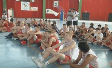 Basket - Nbc Camp Italia incanta il pubblico di Castel di Sangro