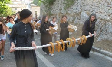 La 'scurpella', bontà insuperabile di Civitella Alfedena: ieri la sagra