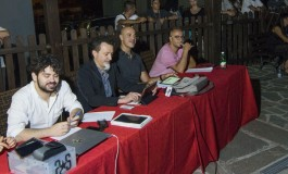 """Villetta Barrea palcoscenico dei cantanti di """"Area Sanremo Tour"""""""
