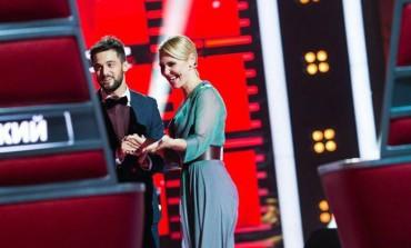 """Tutti pazzi in Russia per Antonello Carozza, il cantante molisano si è esibito con successo a """"The Voice"""""""