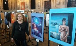 Biennale delle Nazioni di Venezia, la pittrice Linda Di Carlo vince il Premio internazionale dei Dogi