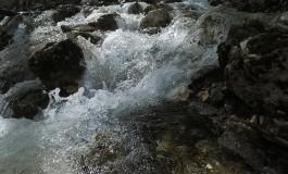 Barrea, la Grotta dello Schievo incanta turisti ed escursionisti