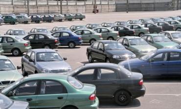 Traffico di automobili acquistate all'estero: sequestri di denaro e immobili a quattro indagati