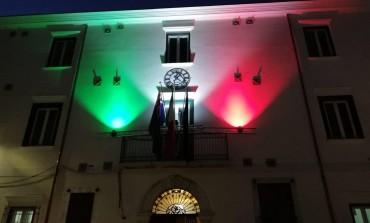 Capracotta, il Tricolore proiettato sul Comune per non dimenticare la distruzione dei tedeschi