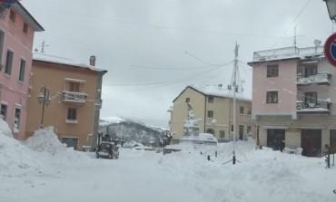 Cumuli di neve a Pescopennataro e Sant'Angelo del Pesco, ma la viabilità è regolare