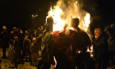"""A Scontrone esplode il carnevale: """"Te cumpa' me"""", tre giorni con il rito pagano dedicato alla dea Pomona"""