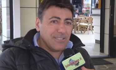 """""""Io amo la sintesi: sarò bre"""", lo spettacolo di Maurizio Santilli in tour nei teatri italiani (Intervista)"""