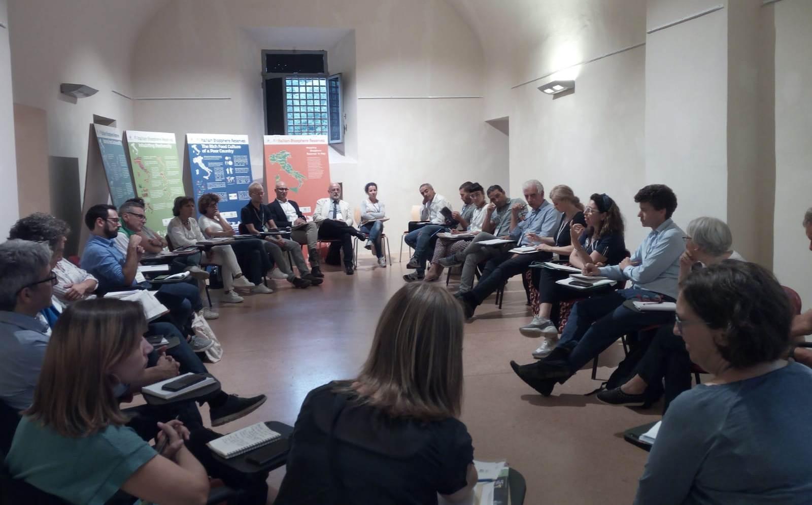 meeting riserva_tavolo comunicazione