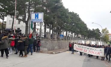 Politici molisani e abruzzesi sotto accusa, sanità allo sbando in Alto Molise