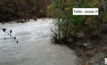 Maltempo, a Villetta Barrea esonda il fiume Sangro