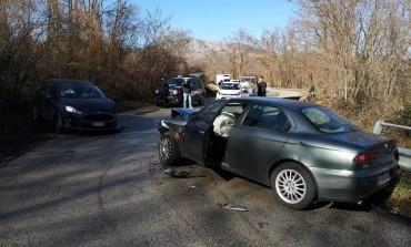 Sant'Angelo del Pesco, scontro tra due automobili sulla sp 88: un ferito