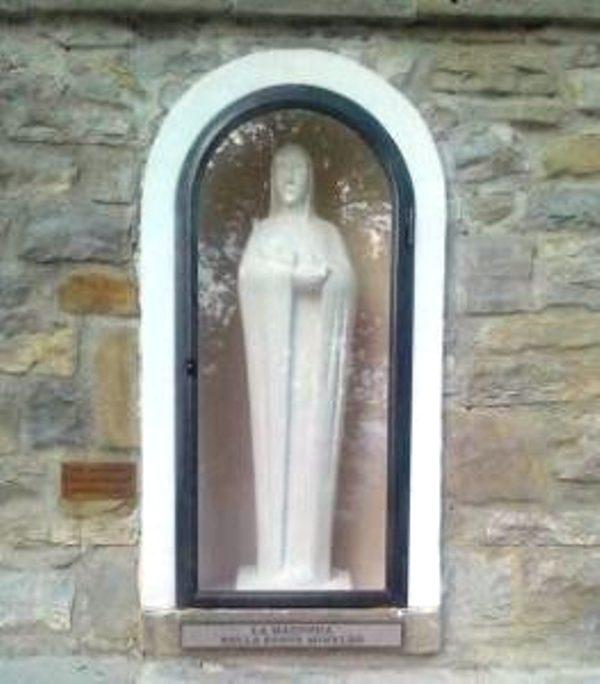 La-Madonna-della-Fonte-Minaldo-263x300