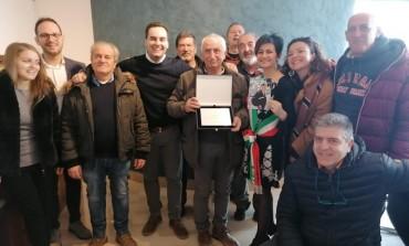 Scontrone e Villa festeggiano il pensionamento della guardia comunale Fabio Matta