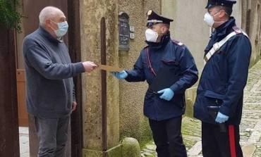 Poste italiane e carabinieri siglano accordo: i militari consegneranno la pensione agli anziani