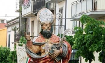 Succede ad Agnone: in processione la statua di san Benedetto per festeggiare il patrono san Cristanziano