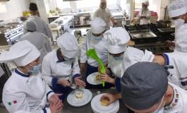 Alberghiero De Panfilis di Roccaraso, laboratori di sala e cucina in presenza