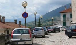 """Castel di Sangro, """"La Civita"""" protesta: perchè non si rispetta il divieto di sosta?"""