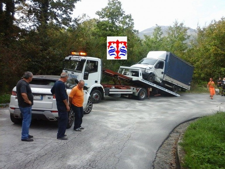 Frontale sulla SS 652 a Sant'Angelo del Pesco: feriti i conducenti