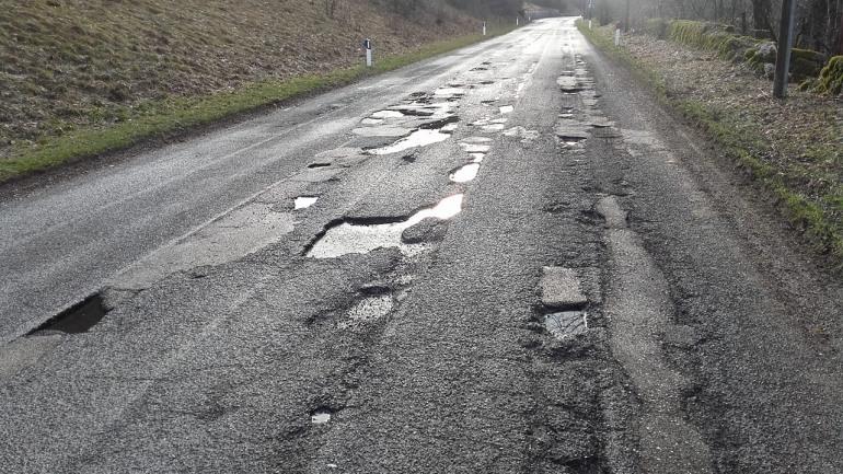 Alto Molise, strade disastrate: i motociclisti scrivono alla provincia