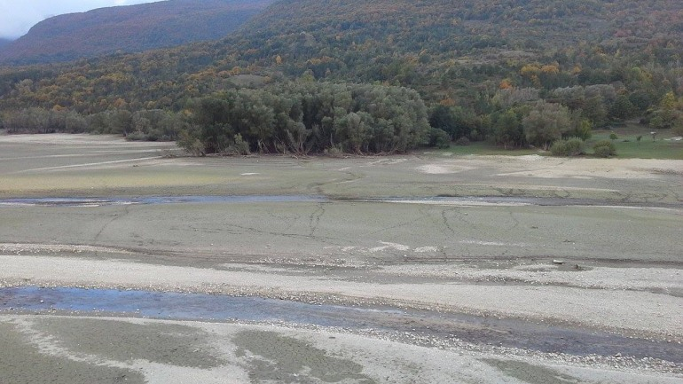 """Lago di Barrea, ambientalisti e amministratori sonnecchiano. Campana denuncia:"""" La politica fa finta di non vedere"""""""