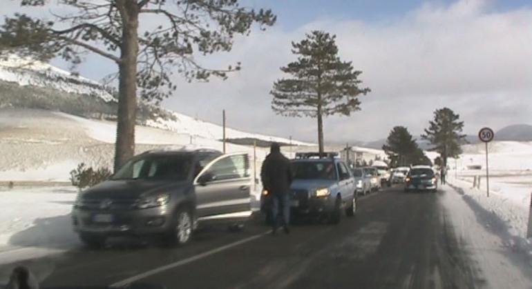 """'Roccaraso Progresso' protesta: """"Chi vive di turismo non può rimanere con le strade chiuse"""""""