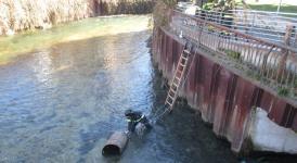 Castel di Sangro, recuperato fusto di carburante nel fiume Zittola