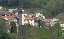 Ateleta, giovane spara dal balcone di casa: i carabinieri gli sequestrano i fucili