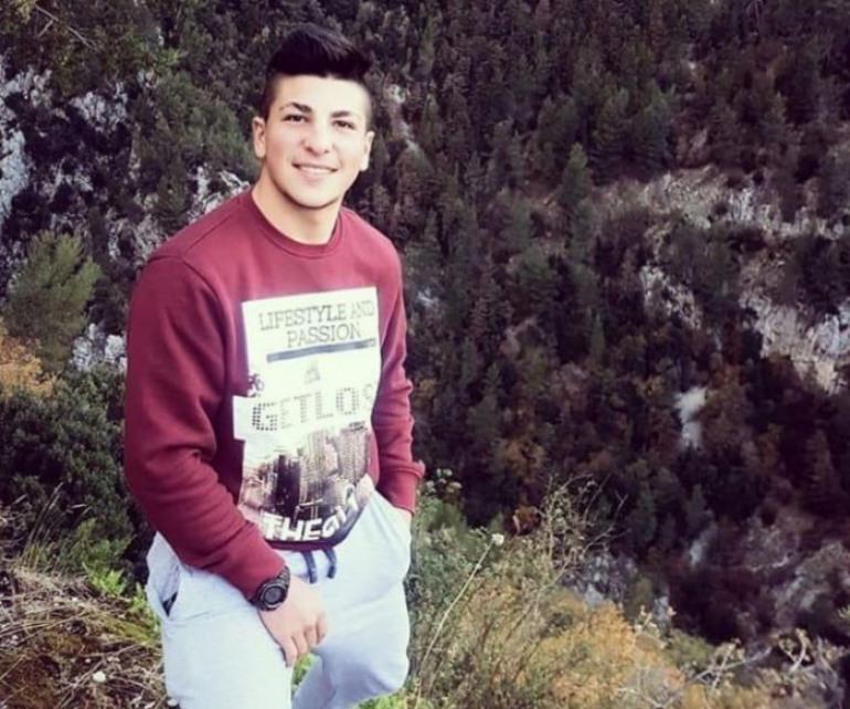 Compleanno, auguri ad Antonio Del Monaco per i suoi 18 anni