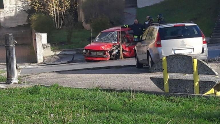 Castel di Sangro, violento scontro tra automobili