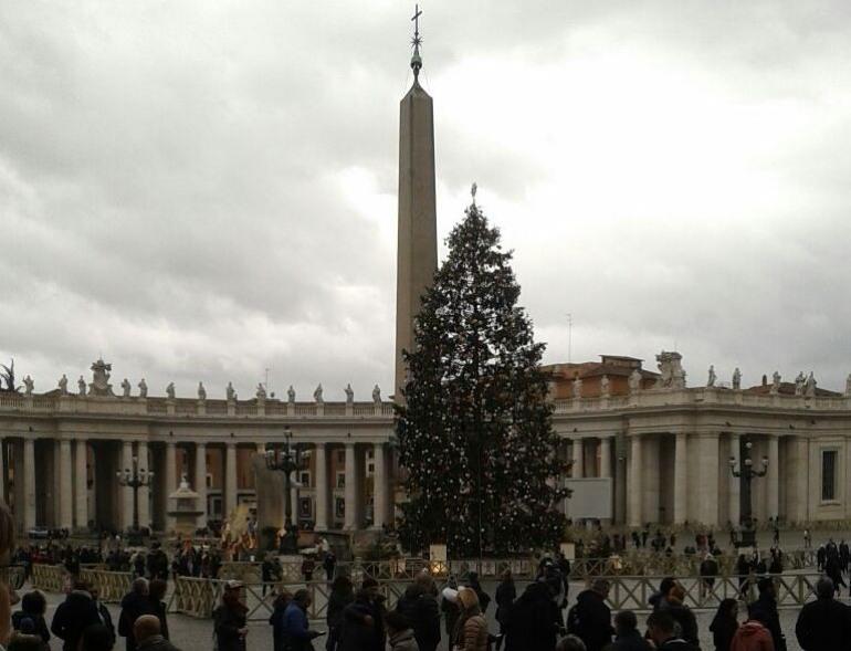 Roma, gli zampognari di Scapoli al Vaticano per il concerto di Natale