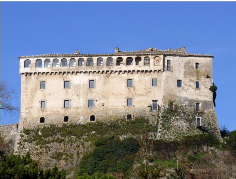 I misteri del castello di Pescolanciano: fino al 26 agosto visite, eventi e ginnastica energetica