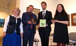 """Roccaraso, """"l'Angelo dell'Amore"""" espatria in Lituania: accoglienza Vip al maestro orafo Coccopalmeri"""