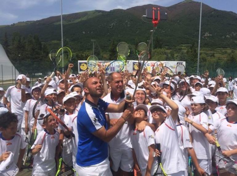 Tennis – Visita di Corrado Barazzutti al centro F.I.T. di Castel di Sangro