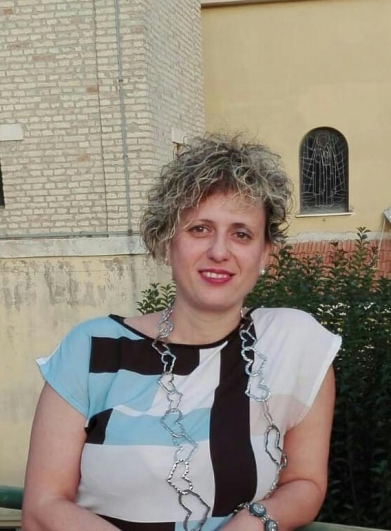 Ogni volta che perdiamo, il pensiero della poetessa Cesira Donatelli