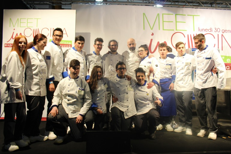 """Alberghiero Roccaraso, studenti protagonisti di """"Meet in cucina"""" a Chieti"""