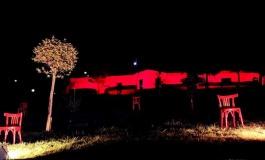 """""""No alla violenza contro le donne"""", la villa comunale di Agnone si tinge di rosso"""