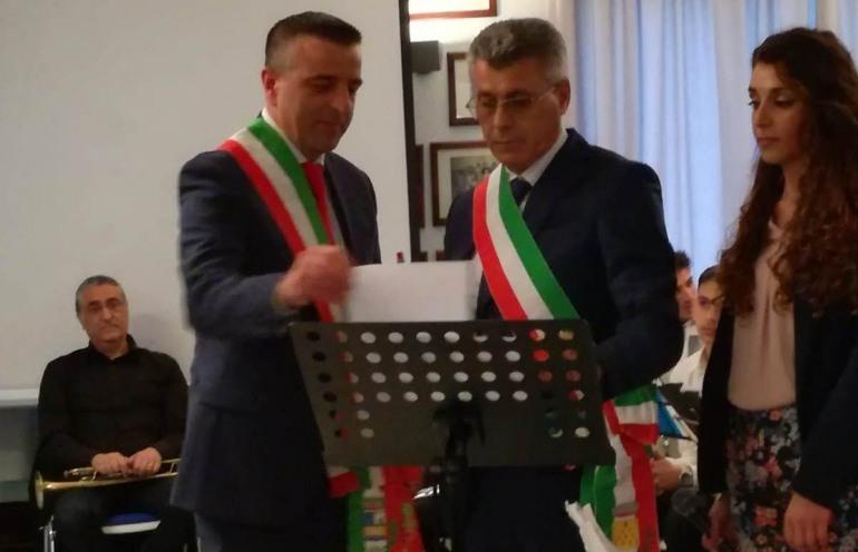 Ateleta e Zambrone si uniscono in gemellaggio, trasferta in Calabria del sindaco Donatelli e il vice D'Angelo