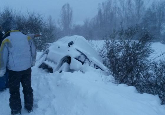 Emergenza neve Alto Sangro - Vigili del Fuoco in azione tra ss 17 e sp 84