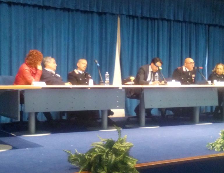 Roccaraso, lotta alle truffe: i Carabinieri incontrano la popolazione