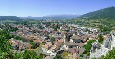 Castel di Sangro, senegalese rapina supermercato ferendo 4 persone: arrestato dai Carabineri