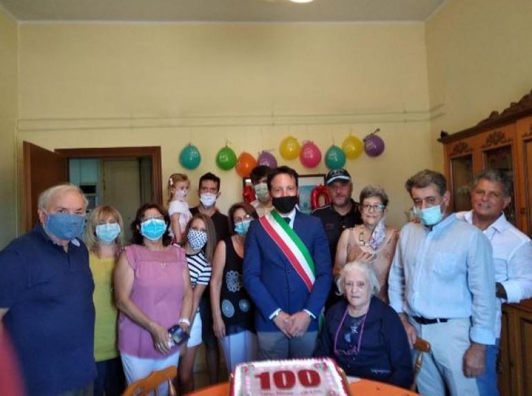 Festa a Roccaraso per i 100 anni di Maria Clorinda