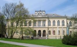 Coccopalmeri conquista la Slovenia. L'ultima creazione in vetrina al museo nazionale di Lubiana.