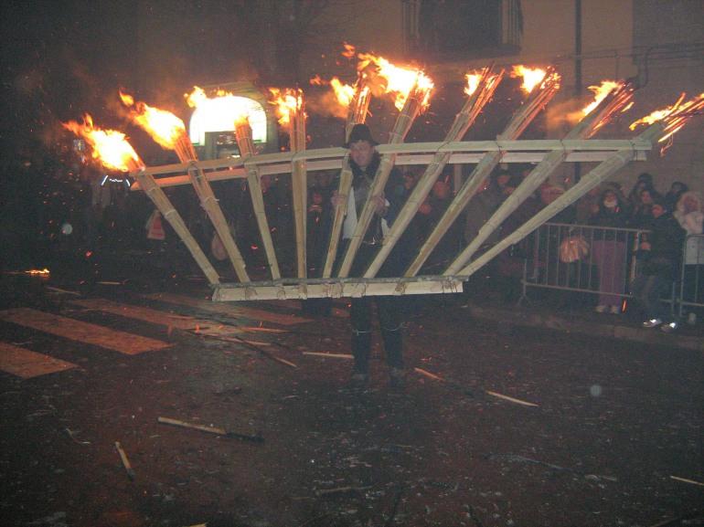 'Ndocciata 2017, 8 dicembre: atmosfera magica per il grande rito del fuoco