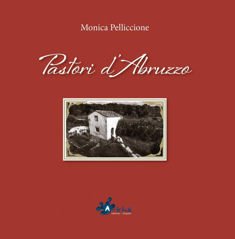 """60^ rassegna ovini, presentazione del libro """"Pastori d'Abruzzo"""" di Monica Pelliccione"""
